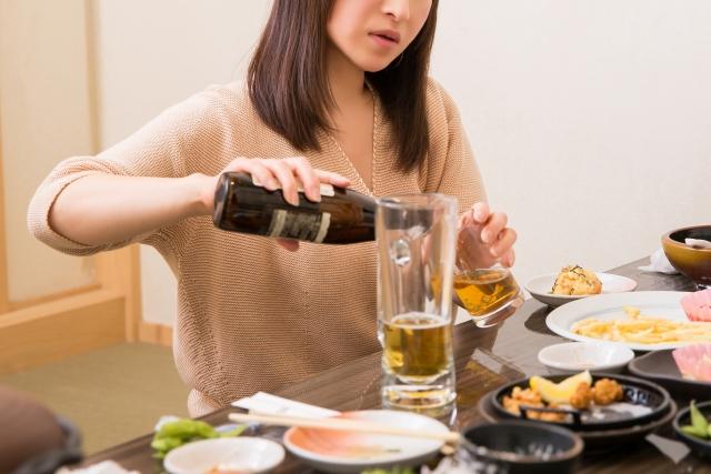 失恋はお酒で忘れると良くないと言われる理由は? 