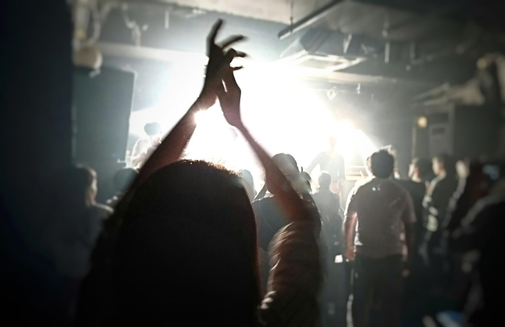 神曲&名曲!邦楽バンドの失恋ソングTOP5