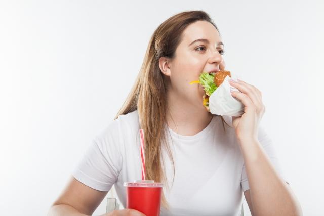 逆に太る?失恋後のダイエットの注意点!