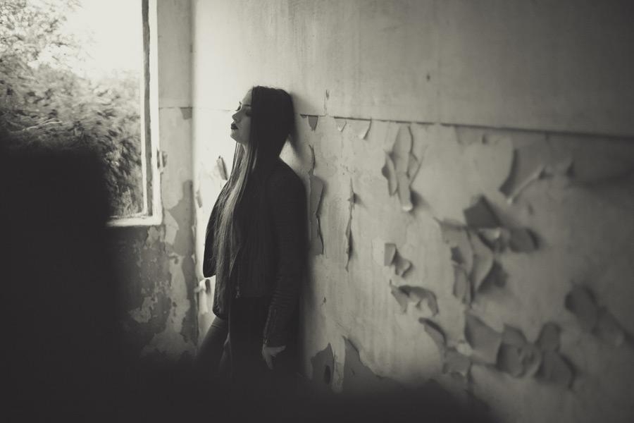失恋は死ぬほど辛くて苦しい…こんな状況じゃありませんか?