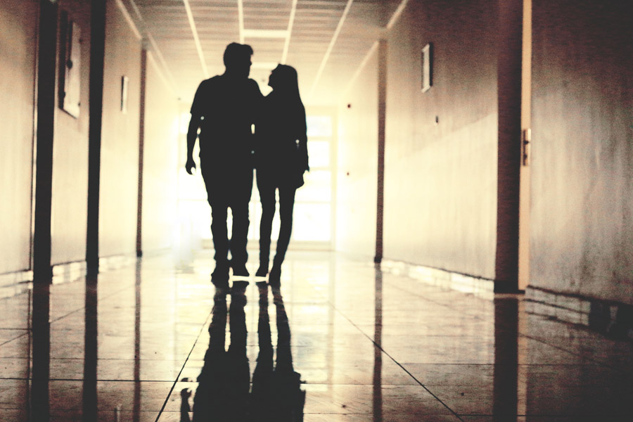 忘れたいのに忘れられない失恋になる恋とは?