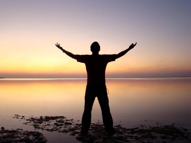 男が失恋の苦しみから抜け出すための立ち直り方13選